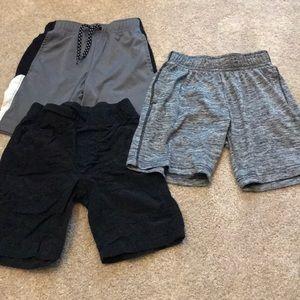 Bundle of 3 boys active shorts size 5
